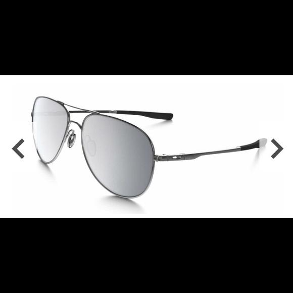 """81f0aa2895 New Oakley Elmont """"warm grey"""" aviator Sunglass. M 5b7351b6f303695cb1c8f9eb"""